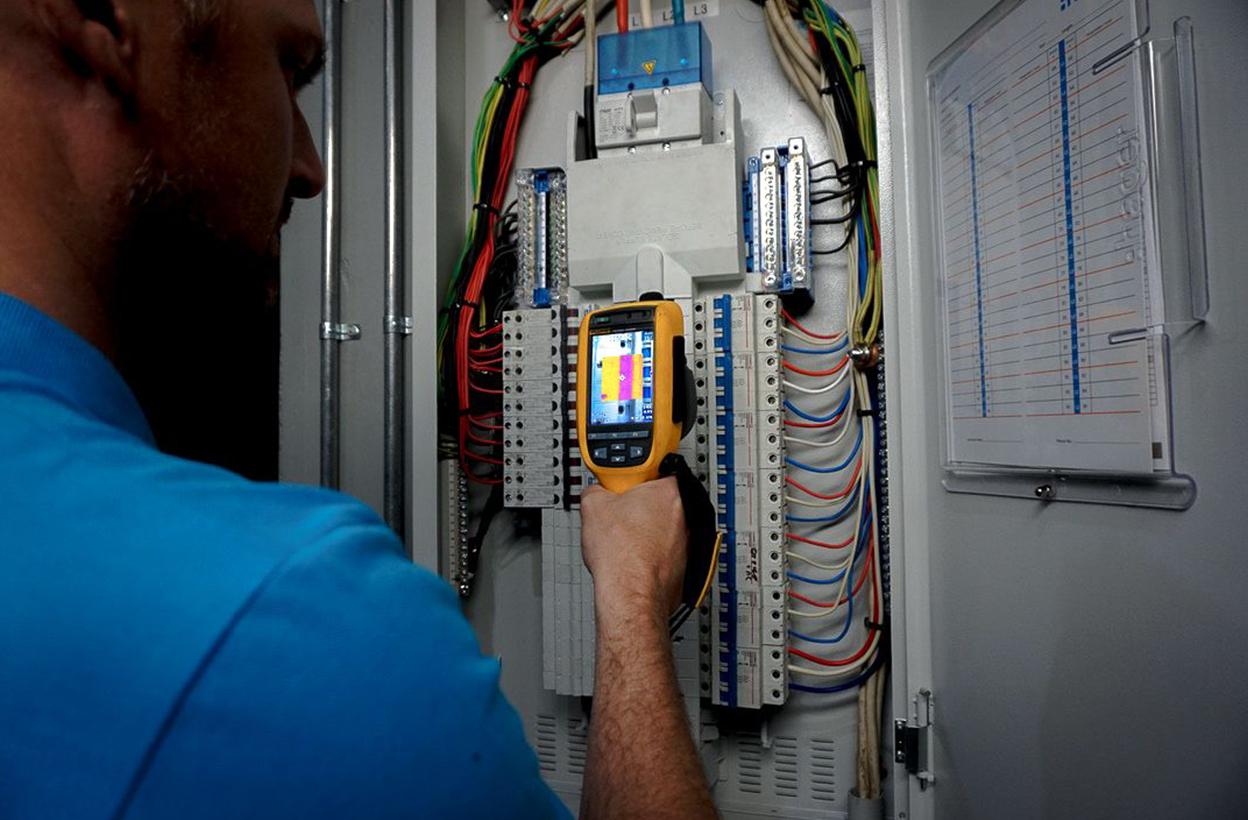 Working With Lighton Electrics 2